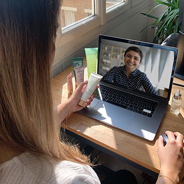 Reserve uma consulta de beleza por videochamada